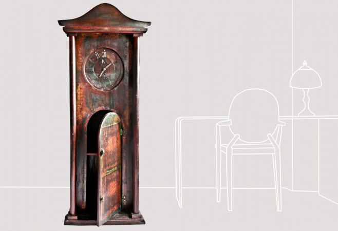 a-clock-with-cocktail-cabinet.jpg