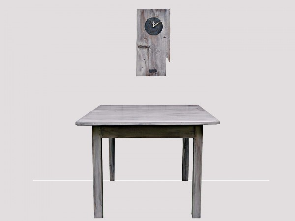 clock-table-composition.jpg